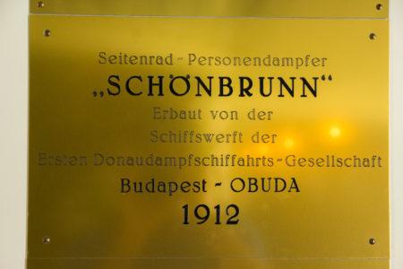 A placa de inauguração em 1912