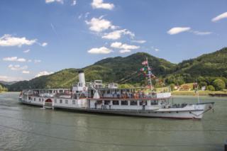 Navio a vapor Schönbrunn