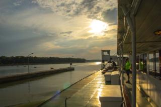 Pôr do Sol no Rio Danúbio